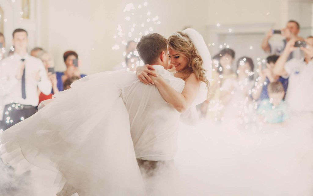 Four Easy Ways Dry Ice Can Make Your Wedding Magical